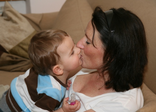 Carl ger mamma en puss!!